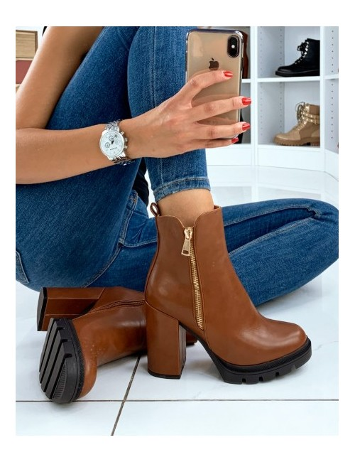 Bottines Cassia camel en similicuir et fermeture en zip