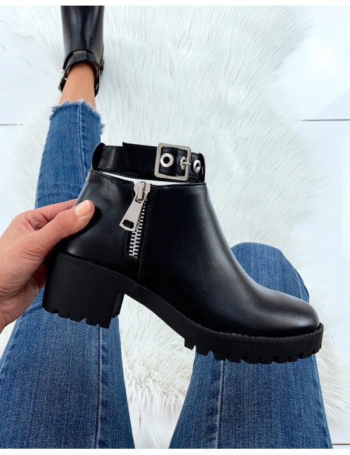 Bottines noires CELINE à talon carré